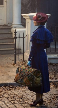 "WORLDWIDE FIRST LOOK AT EMILY BLUNT AS MARY POPPINS IN ""MARY POPPINS RETURNS"" 3"