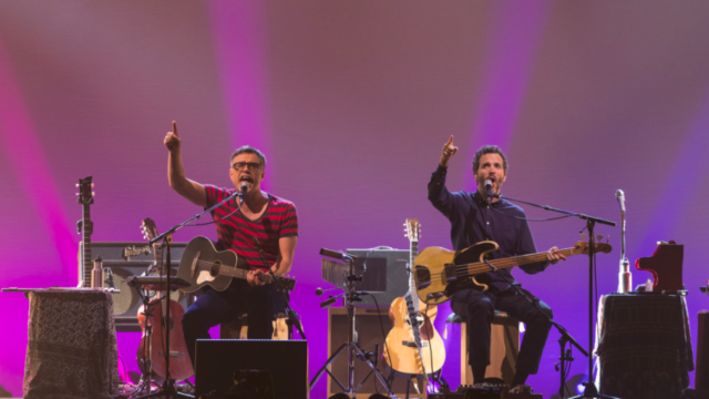 https://andersonvision.com/wp-content/uploads/2018/10/live-conchords-london-640x360.png