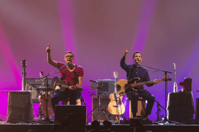 FLIGHT OF THE CONCHORDS: LIVE IN LONDON Available for Digital Download 11/12 4