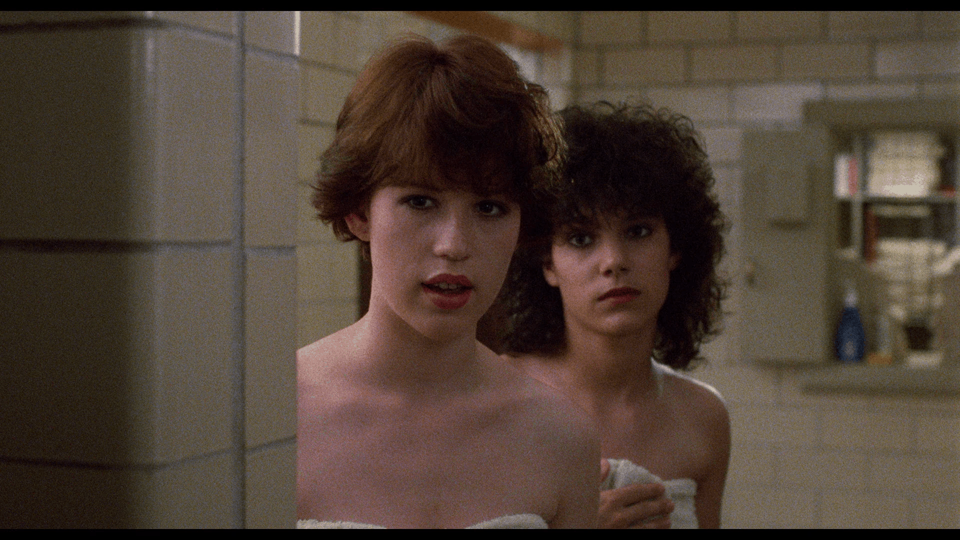Local 12 year old discovers boobs in a PG movie: Sixteen Candles Arrow Blu-ray review 11