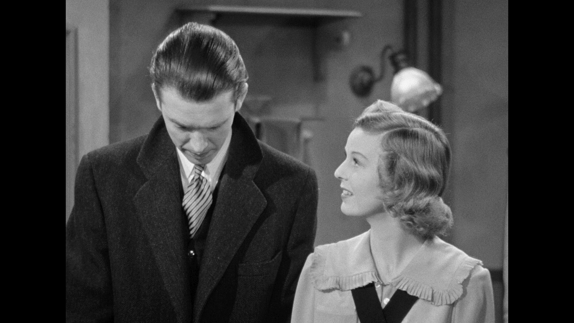 The Shop Around The Corner (1940) [Warner Archive Blu-ray review] 4
