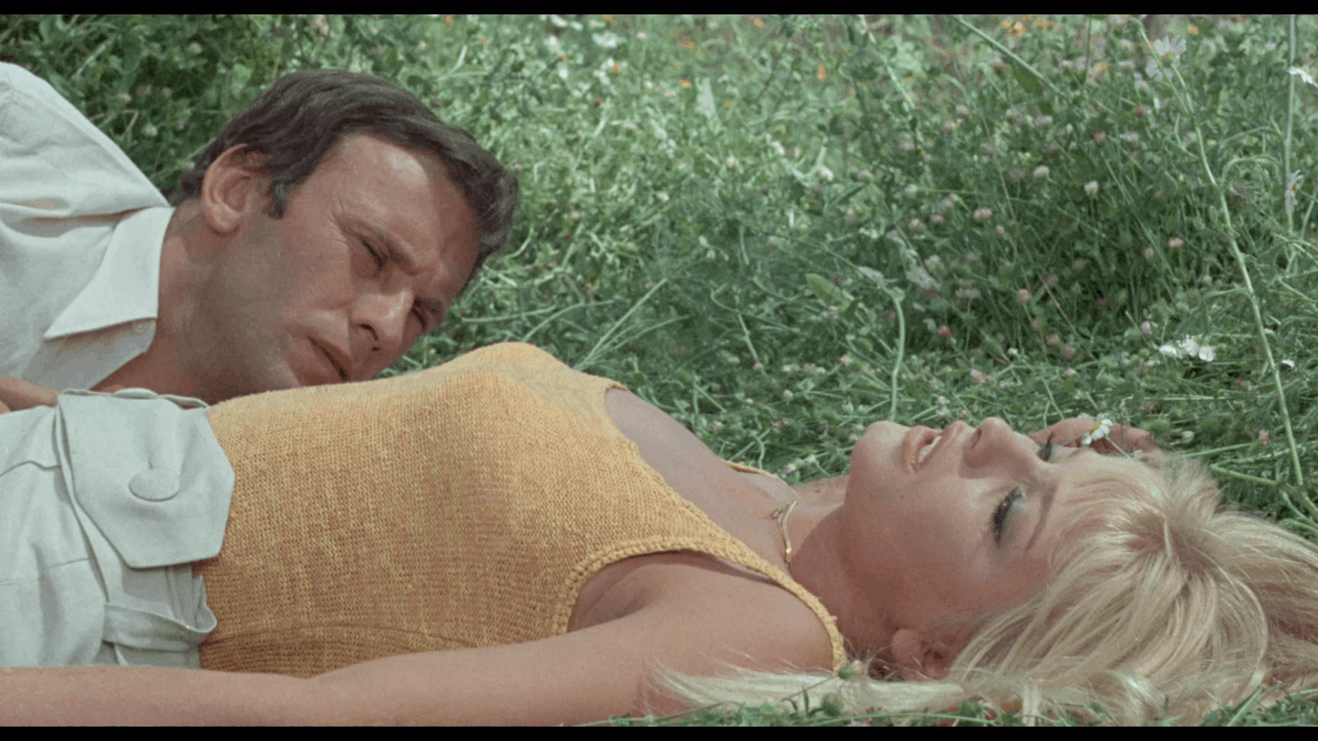 Death Laid An Egg (1968) [Blu-ray review] 16