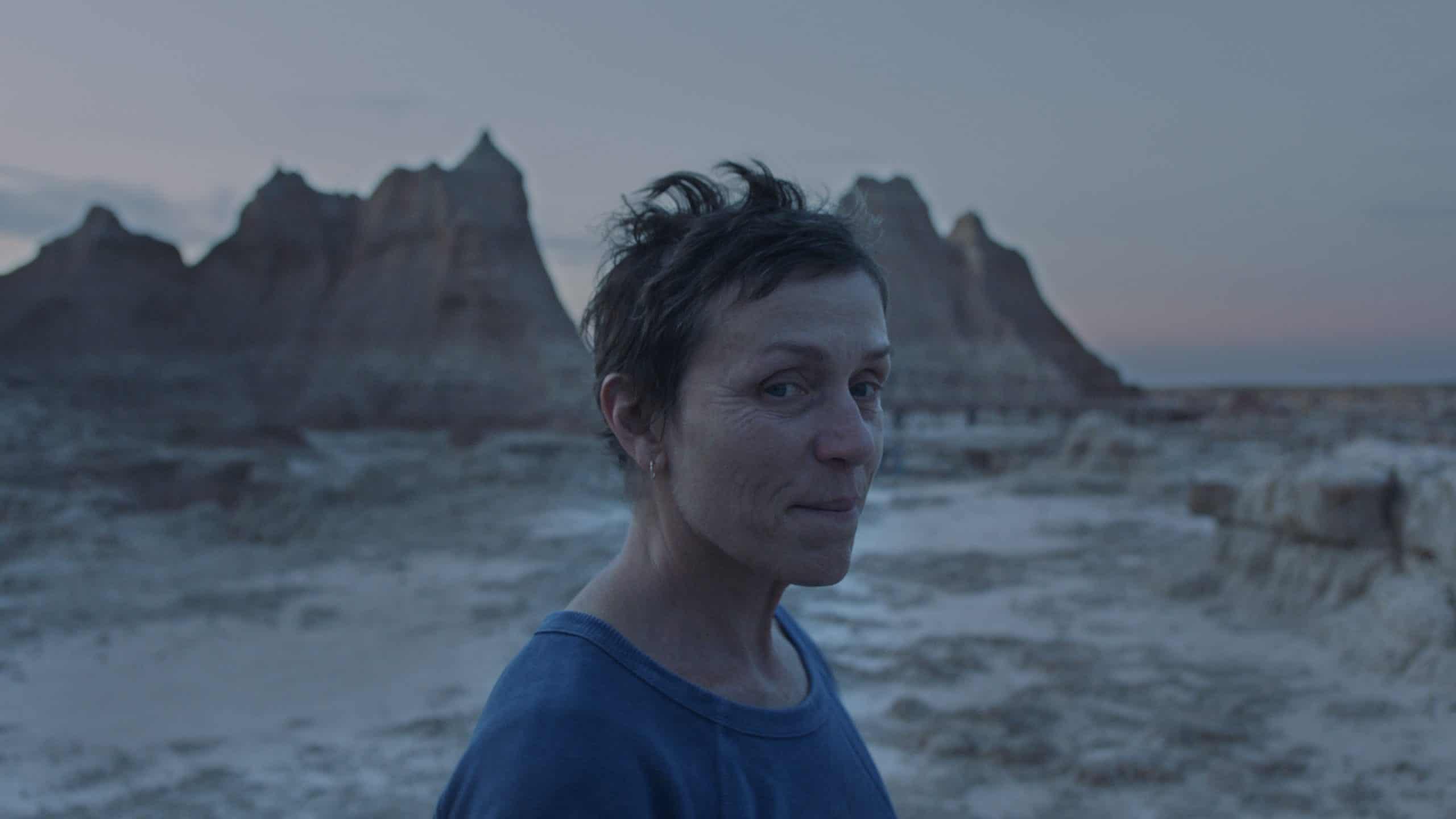 Nomadland (2020): Life in a Poop Bucket 2
