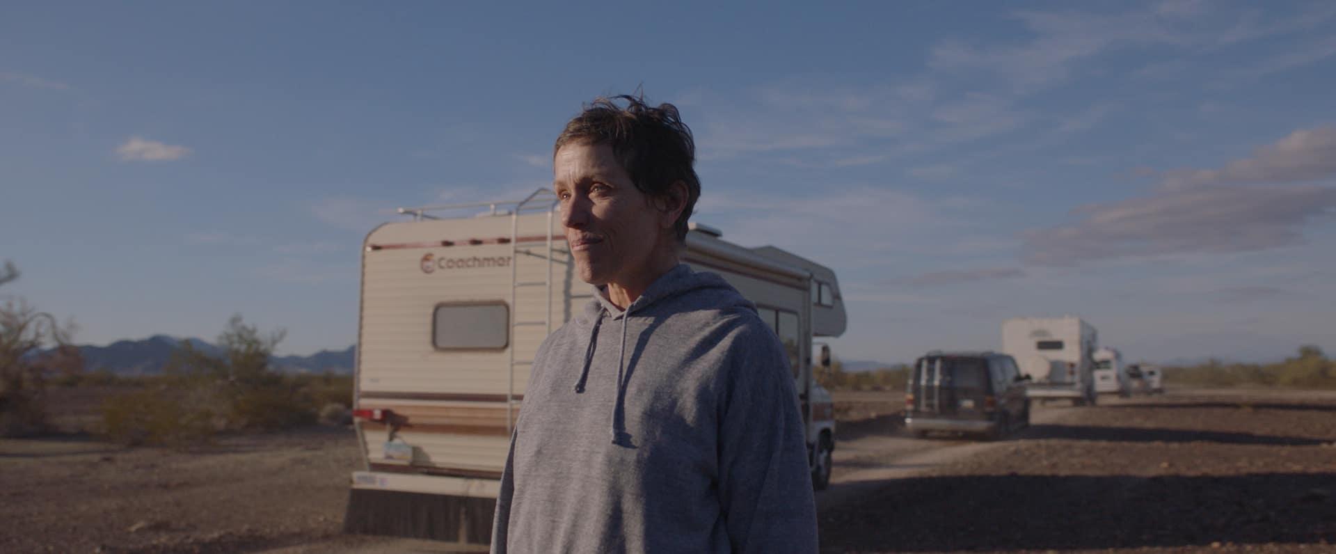 Nomadland (2020): Life in a Poop Bucket 4