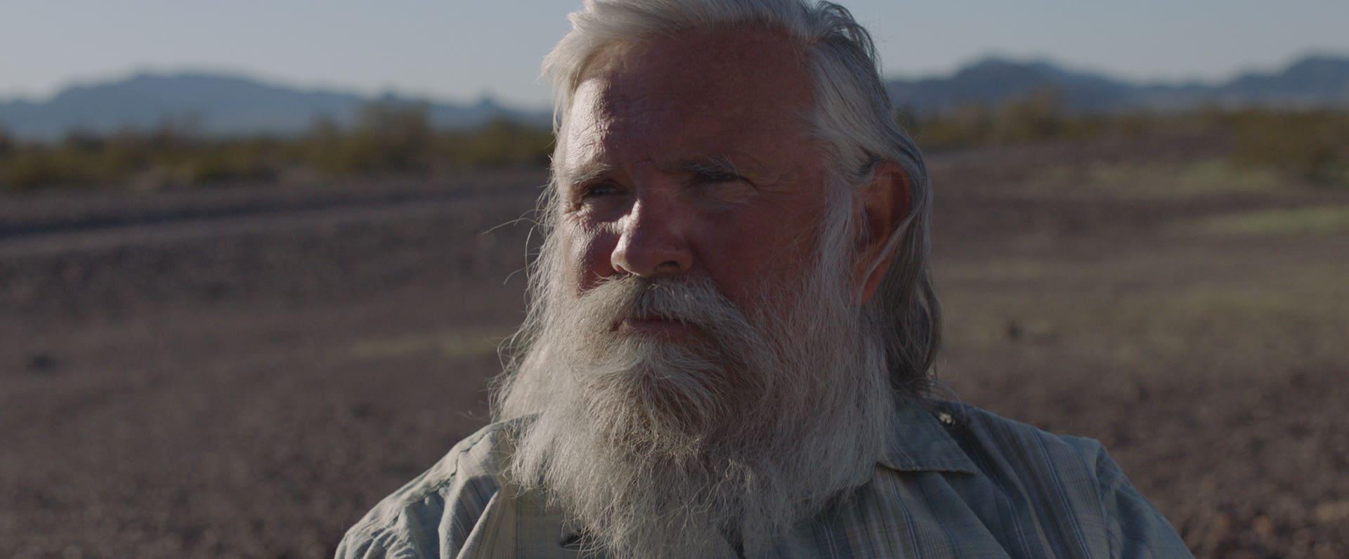 Nomadland (2020): Life in a Poop Bucket 6